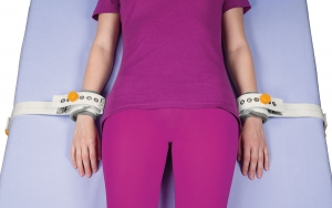 Abdominal safety belt with perineal band (FR)